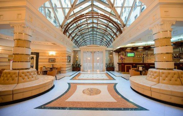 Отель Ambassador в